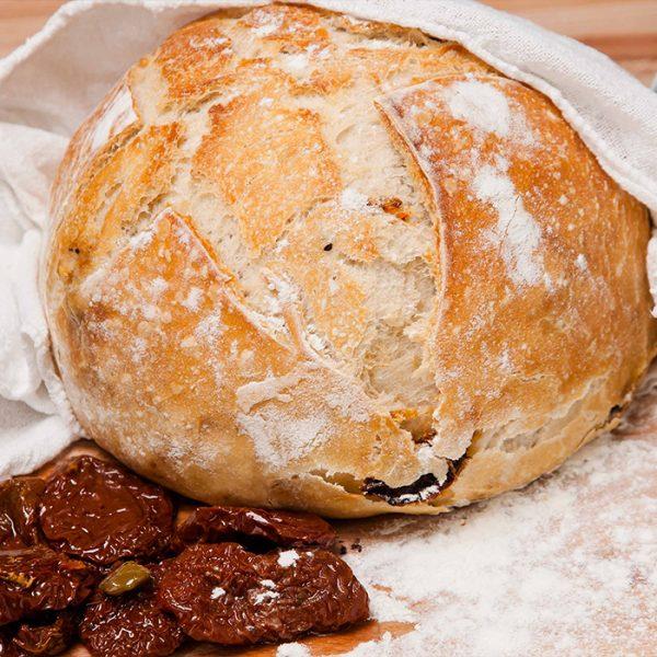 Pâine cu roșii uscate